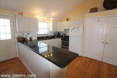 ENC-1805 Kitchen